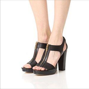 MICHAEL KORS black Platform Berkley T-strap  heels